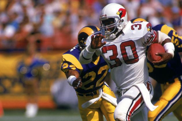Former Phoenix Cardinals RB Stump Mitchell an Outstanding Addition to Staff