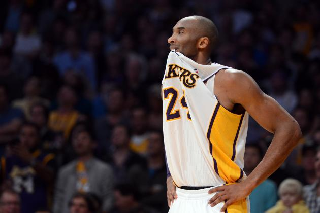 Kobe Bryant Denies He's Pushing Dwight Howard to Play with Injury