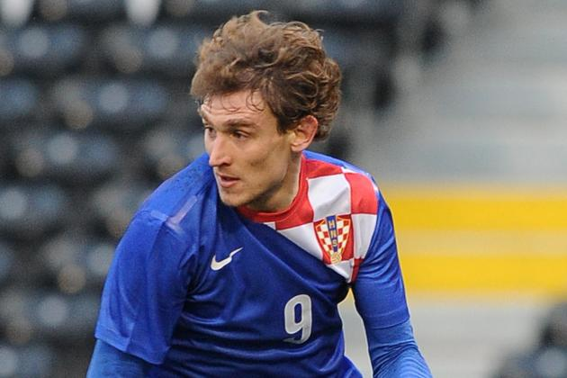 Jelavic on Target in Croatia Romp