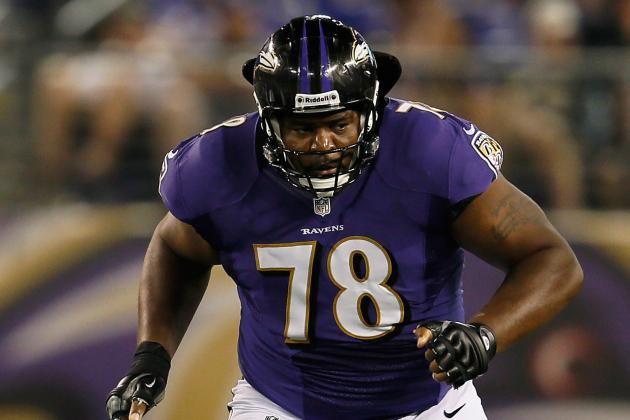 Tackle Bryant McKinnie's Return to Ravens Is Up to Him, Newsome Says
