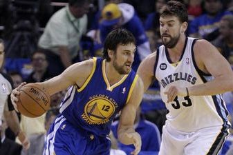 Andrew Bogut's Return Is Key for Warriors Matchup Against Grizzlies