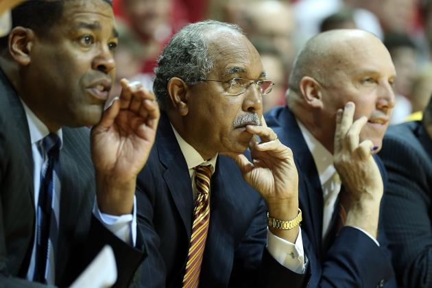 Gophers Basketball Floundering with Ugly Trends Developing