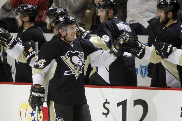 Everybody Gets into the Act as Penguins Win 5th in a Row