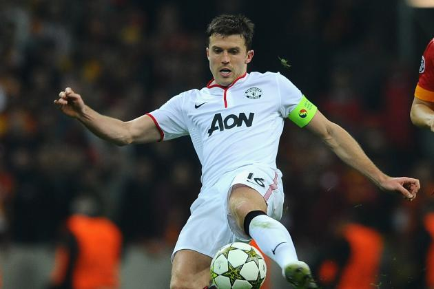 Carrick Agrees New Manchester United Deal