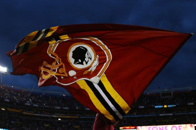 Experts Critical of Redskins' Name at Symposium