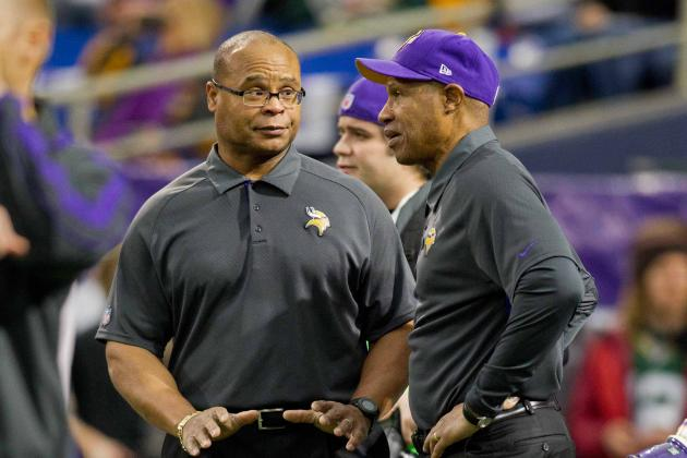 Report: Mike Singletary Interviews for Rams DC Post