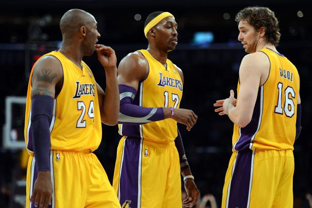 Kobe Bryant's Defense of Pau Gasol Proves How He Feels About Dwight Howard