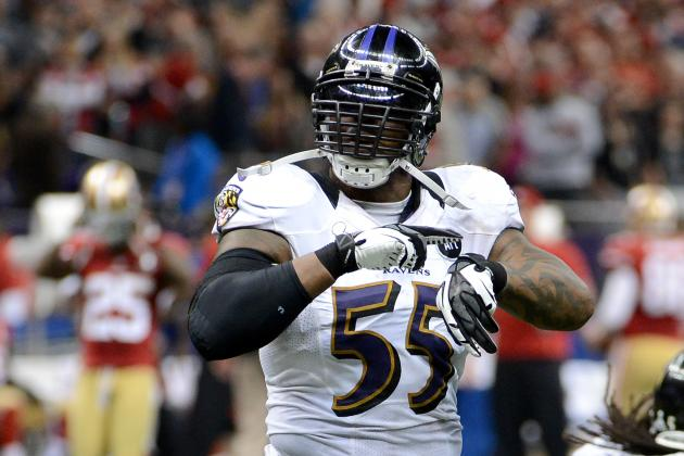 49ers' Colin Kaepernick Receives Praise from Ravens Star Terrell Suggs