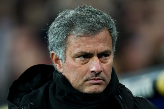 Jose Mourinho Says World Is Waiting for Real Madrid Against Manchester United