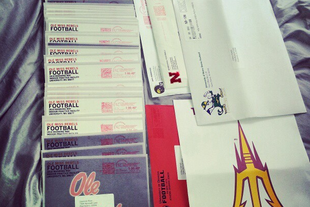 Photo: Ole Miss Sends 54 Handwritten Letters to Recruit