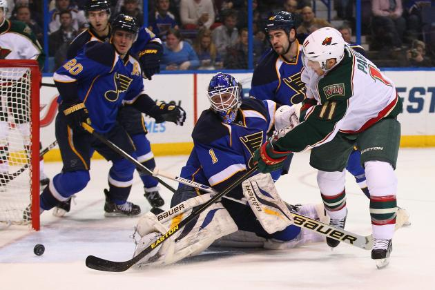 St. Louis Blues: Why Struggling Elliott Shows Halak Should Be Starter