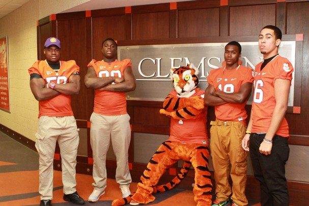 Swinney Says Tigers' Current Players Are Difference-Makers in Recruiting