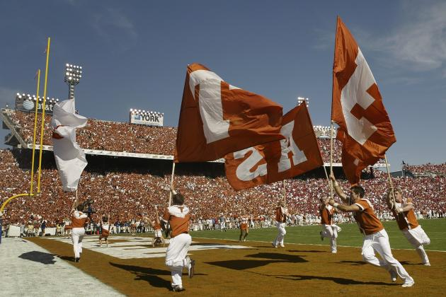 Horns Move Orange-White Game