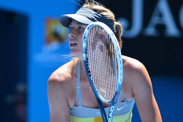 Sharapova Tops Garcia to Gain Doha 3rd Round