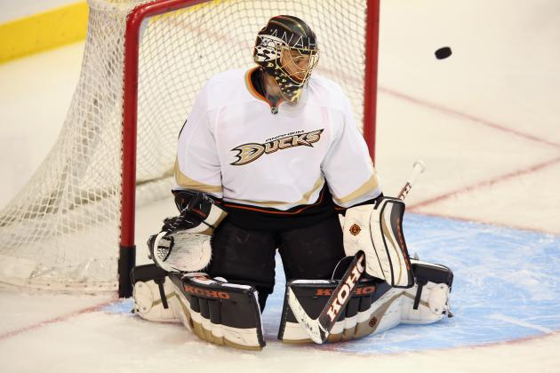 NHL Trade Rumors: Toronto Maple Leafs Would Be Wise to Add Jonas Hiller in Net