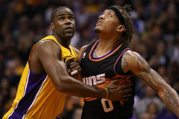 Los Angeles Lakers Beat Phoenix Suns with 4 Points from Kobe Bryant