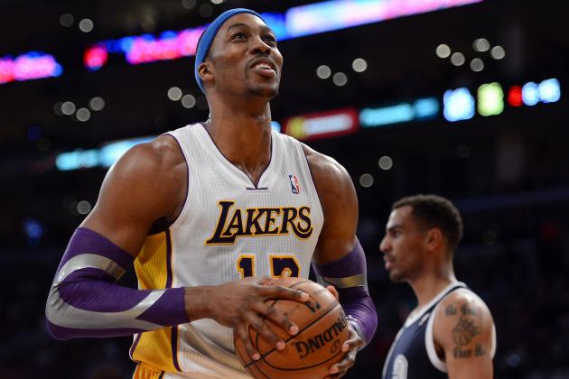Debate: Do You Want the Lakers to Sign Dwight Howard Long-Term?