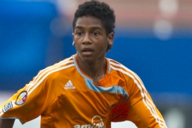 Local High School Soccer Star Agrees to Sign with Dynamo