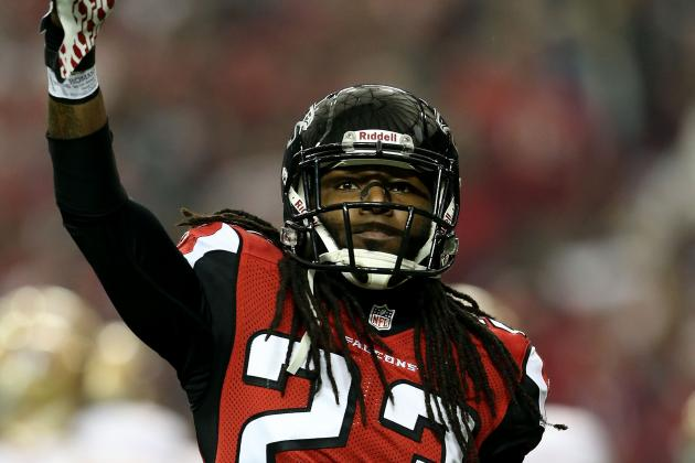 Could Atlanta Falcons Cut Cornerback Dunta Robinson?