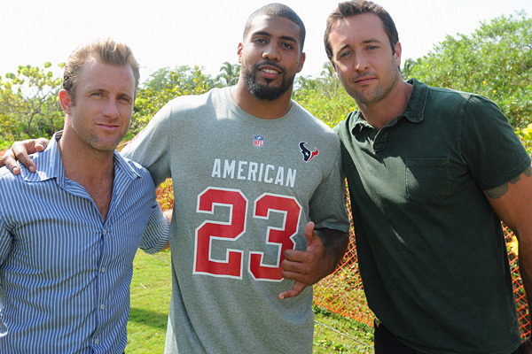 Arian Foster to Book 'em with Danno