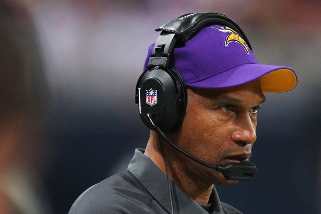 APNewsBreak: Vikings, Frazier Agree on Extension