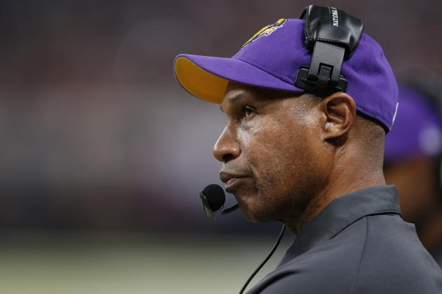 Leslie Frazier Has 2014 Option Picked Up by Vikings