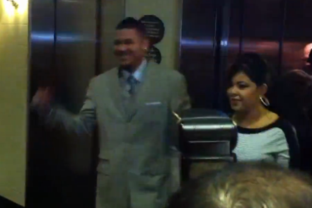 Video: Mariners Staffers Greet Felix Hernandez Before Press Conference