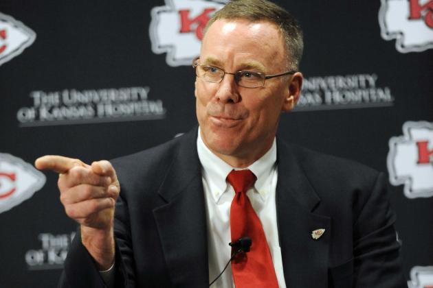 Kansas City Chiefs: John Dorsey Shows No Enthusiasm on Matt Cassel