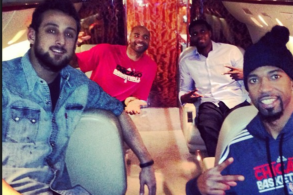 Instagram: Boozer and Rip Chill in Private Jet