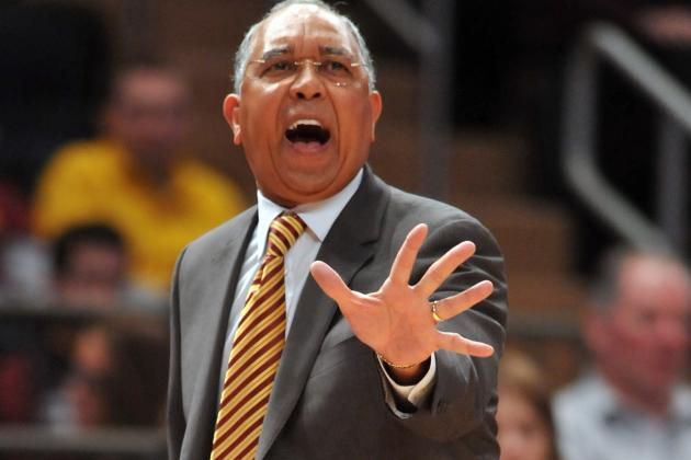 Minnesota Gophers Struggling Under Tubby Smith