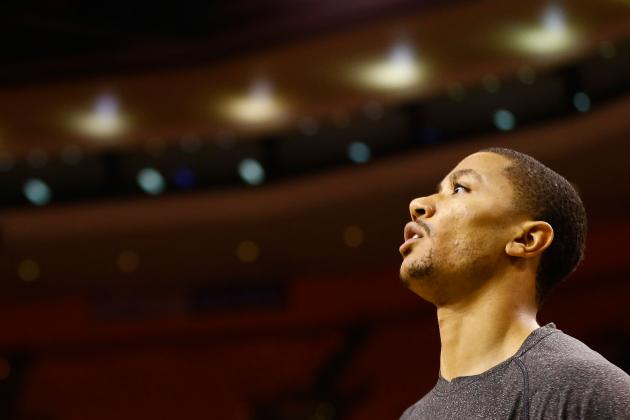 Derrick Rose: Chicago Bulls Taking Right Approach with Ailing Star