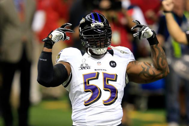 Terrell Suggs Planning on Rehabbing Arm Injury