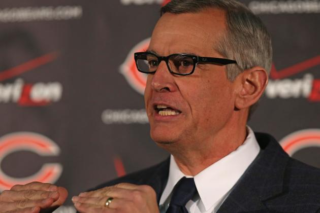 Trestman Lauds Staff for Teaching, Communication Skills