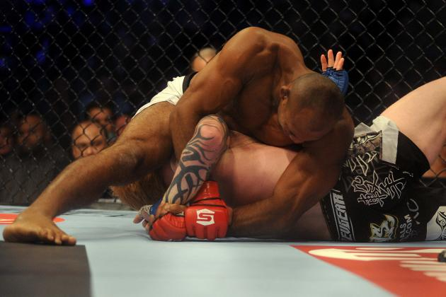 UFC News: Ronaldo 'Jacare' Souza vs. Costa Philippou Set for UFC on FX 8