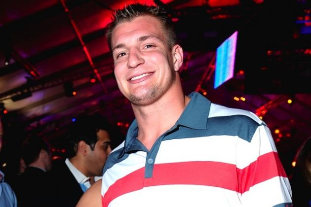 Rob Gronkowski Will Work Red Carpet at Oscars, No Word on If He Will Be Shirtless