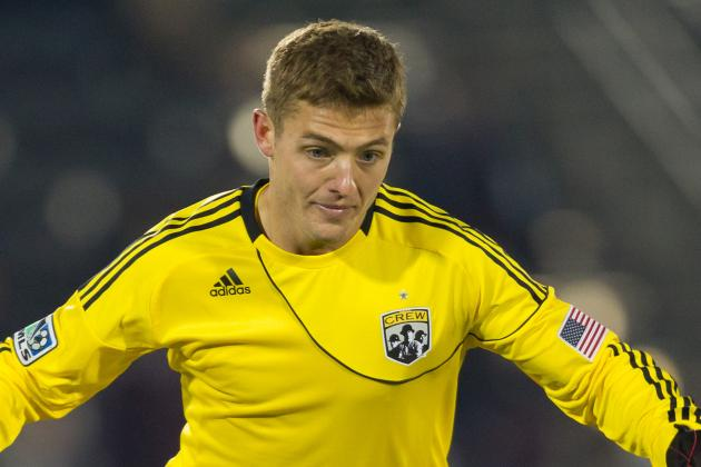 Robbie Rogers Reveals He's Gay; Retires at Age 25
