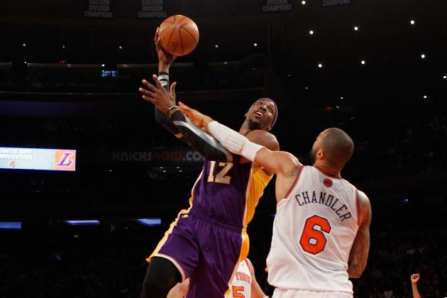 Why Dwight Howard Must Embrace Tyson Chandler Role for LA Lakers