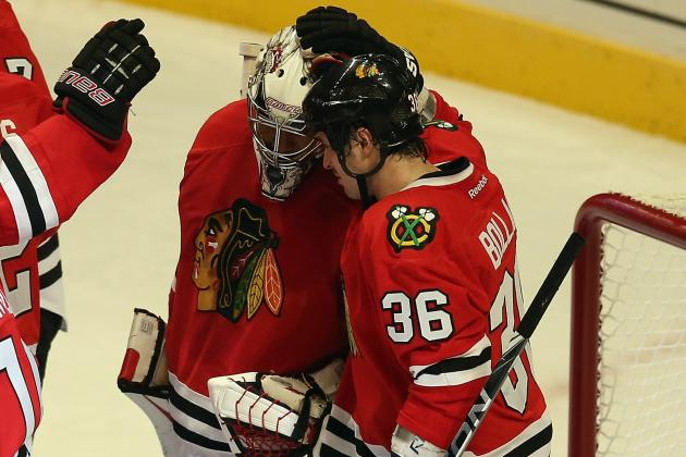 Confident Blackhawks Manhandle Sharks, Close in on Record