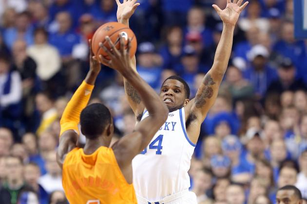 Vols First Team to Test Noel-Less Wildcats