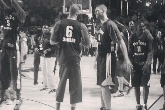 Tyson Chandler and Brook Lopez Chat It Up at All-Star Practice