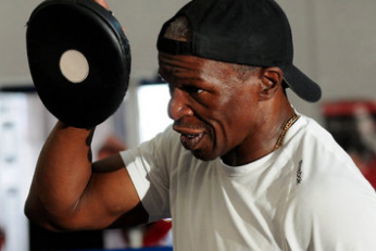 Floyd Mayweather Sr. Knows Why Roger Mayweather Is out as Trainer