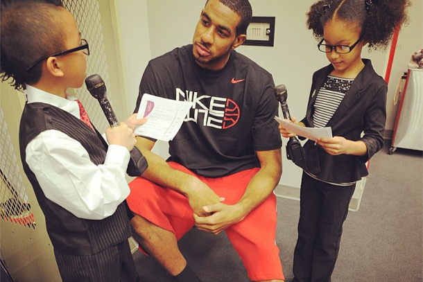 Aldridge Getting Grilled by Some Kids