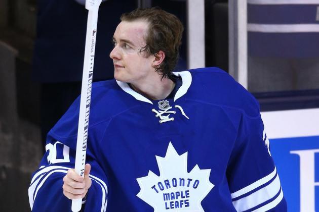 Leafs' Scrivens Stops 34 Shots, Blanks Sens