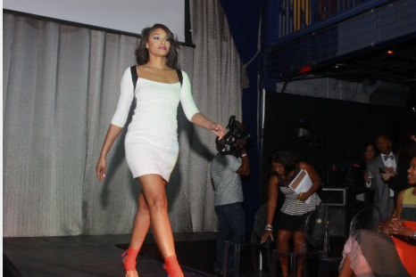 Ultimate Rockets  NFL Star Adrian Peterson Hosts Fashion Show