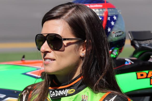 Danica Patrick Becomes 1st Woman to Win Daytona 500 Pole