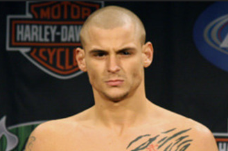 Poirier Apologizes to Fans After Loss