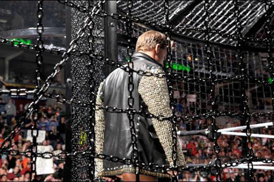 WWE's Elimination Chamber Gimmick Is the Perfect Lead-In to WrestleMania