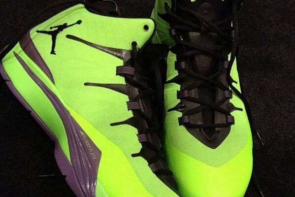 Blake Griffin All-Star Game Shoes: Breaking Down and Grading Flashy New Kicks