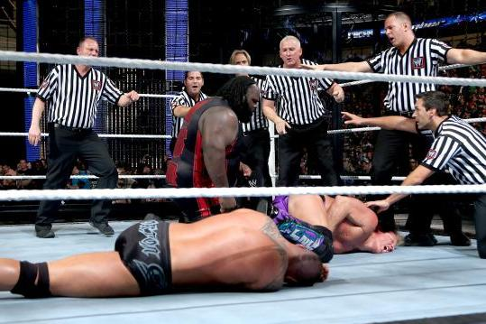 Why Mark Henry Should Have Won the Elimination Chamber Match
