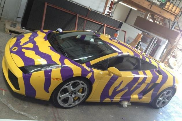 PHOTOS: Lamborghini Gets LSU Tiger Stripes